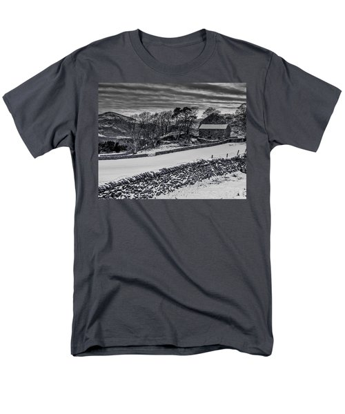 Men's T-Shirt  (Regular Fit) featuring the photograph Lakeland Barn by Keith Elliott