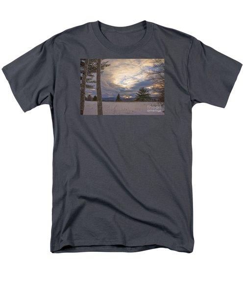 Last Sunset Of 2015 Men's T-Shirt  (Regular Fit) by Alana Ranney