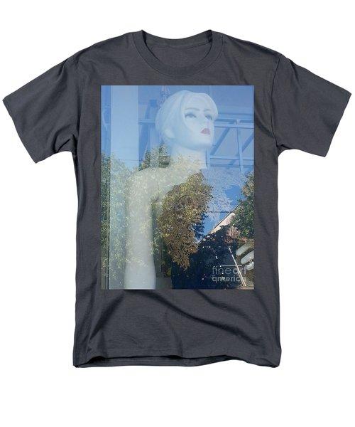 Letitia Men's T-Shirt  (Regular Fit)