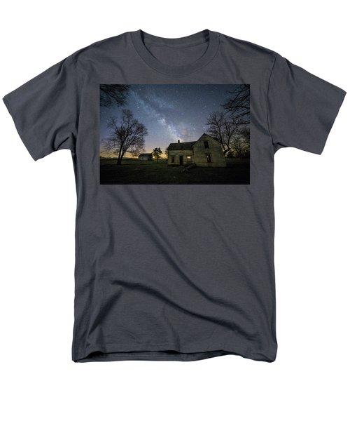 Linear Men's T-Shirt  (Regular Fit)