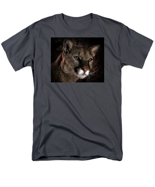 Men's T-Shirt  (Regular Fit) featuring the photograph Locked Onto Prey by Elaine Malott