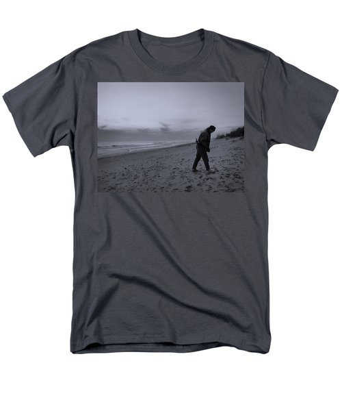 Looking For A Smooth Stone  Men's T-Shirt  (Regular Fit) by John Hansen
