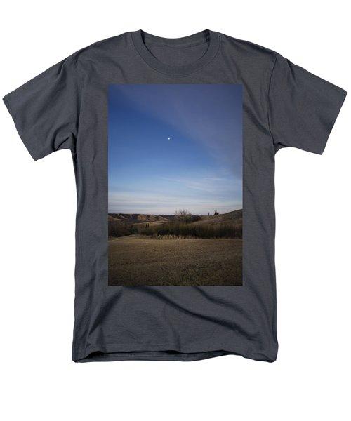 Lumsden Moon Rising Men's T-Shirt  (Regular Fit) by Ellery Russell