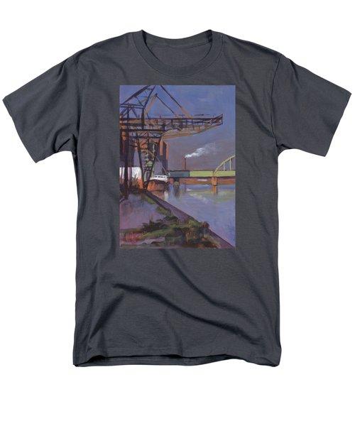 Maastricht Industry Men's T-Shirt  (Regular Fit)