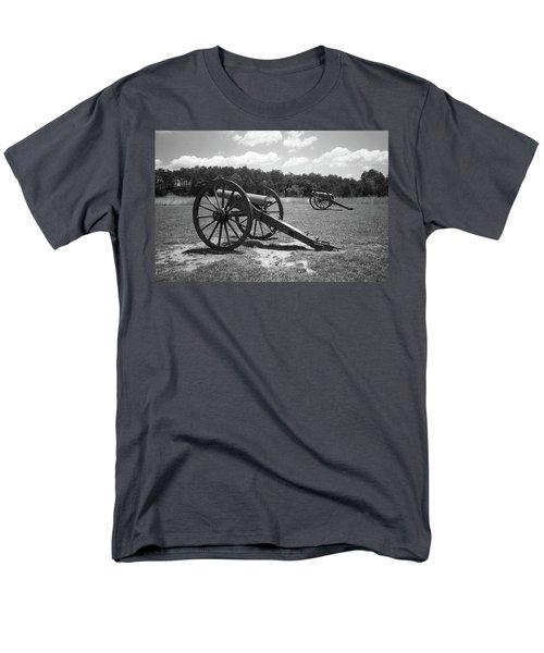 Men's T-Shirt  (Regular Fit) featuring the photograph Manassas Battlefield 2 Bw by Frank Romeo