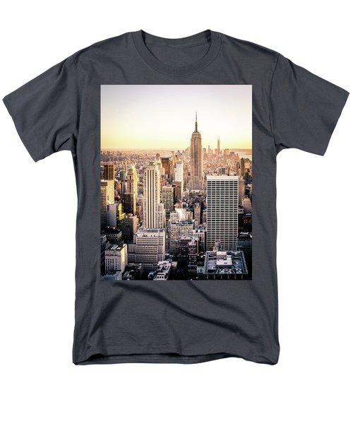 Manhattan Men's T-Shirt  (Regular Fit)
