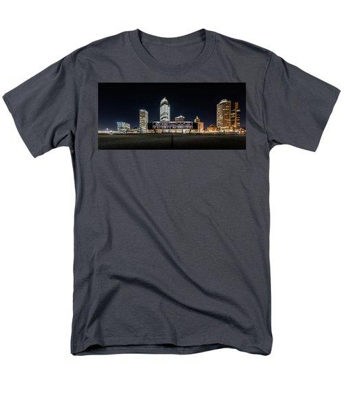 Milwaukee County War Memorial Center Men's T-Shirt  (Regular Fit) by Randy Scherkenbach