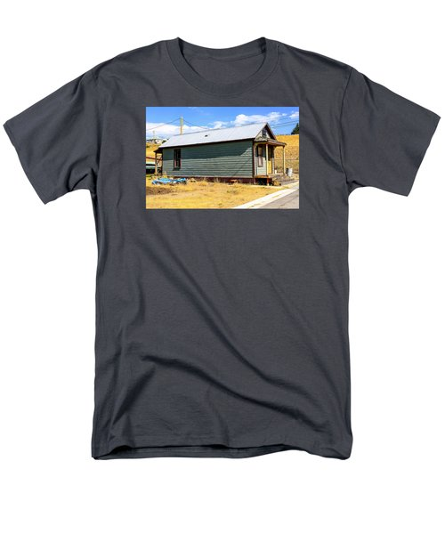 Miners Shack In Montana Men's T-Shirt  (Regular Fit) by Chris Smith