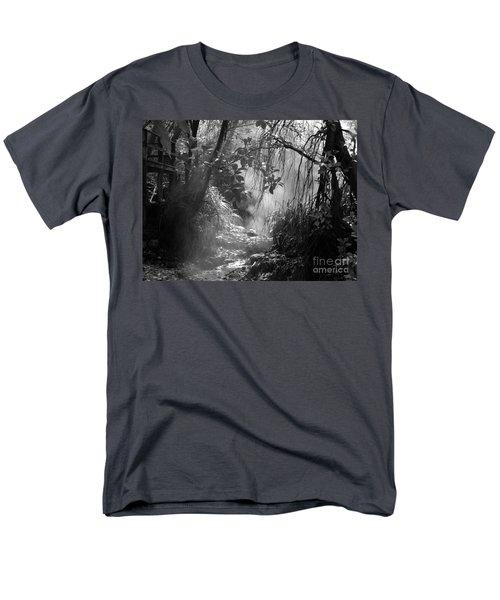 Mist In The Jungle Men's T-Shirt  (Regular Fit) by Susan Lafleur
