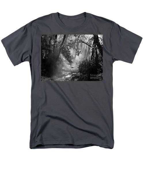 Mist In The Jungle Men's T-Shirt  (Regular Fit)
