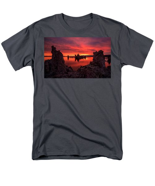 Mono Blaze Men's T-Shirt  (Regular Fit) by Bjorn Burton