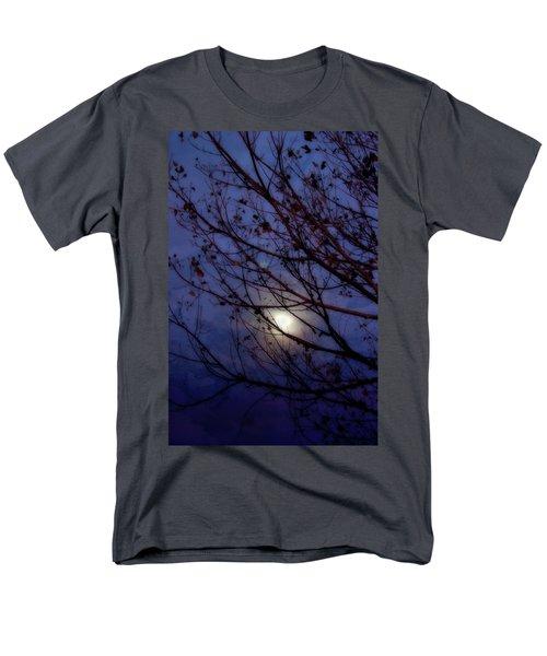 Men's T-Shirt  (Regular Fit) featuring the photograph Moonrise by Ellen Heaverlo