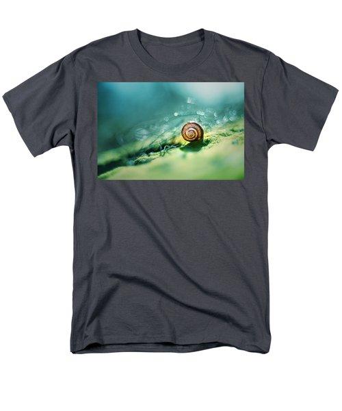 Morning Glare Men's T-Shirt  (Regular Fit)