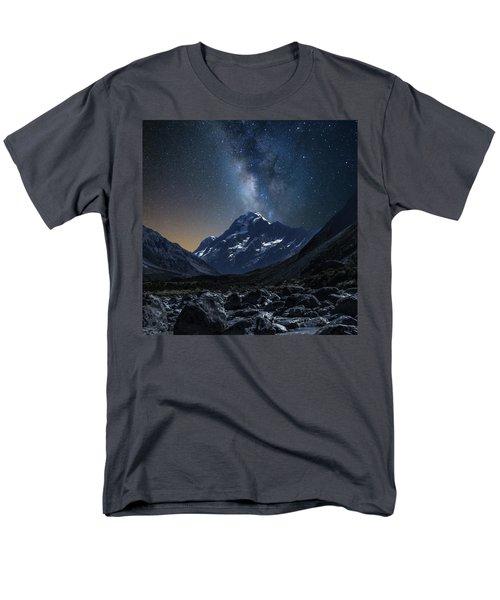 Mount Cook At Night Men's T-Shirt  (Regular Fit) by Martin Capek