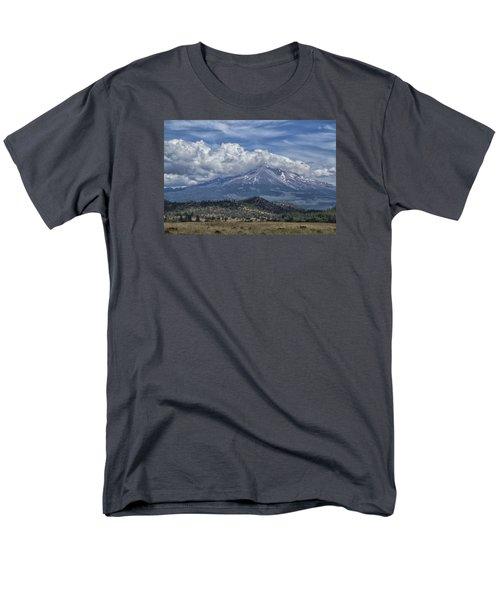 Mount Shasta 9950 Men's T-Shirt  (Regular Fit) by Tom Kelly