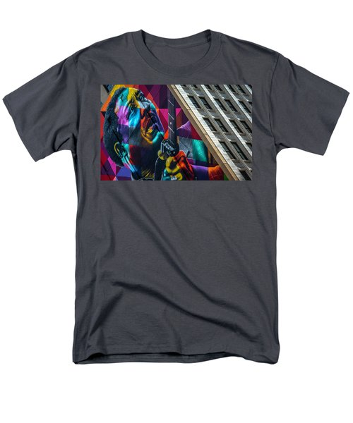 Muddy Waters Chicago State Street Dsc2224 Men's T-Shirt  (Regular Fit) by Raymond Kunst