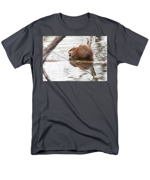 Men's T-Shirt  (Regular Fit) featuring the photograph Muskrat Spring Meal by Edward Peterson