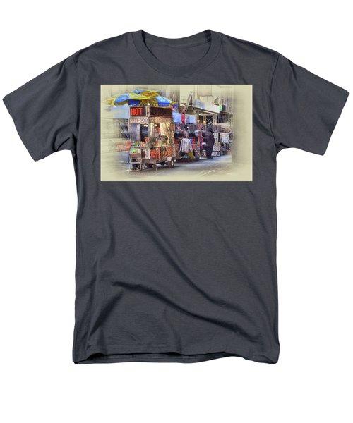 New York City Vendor Men's T-Shirt  (Regular Fit)