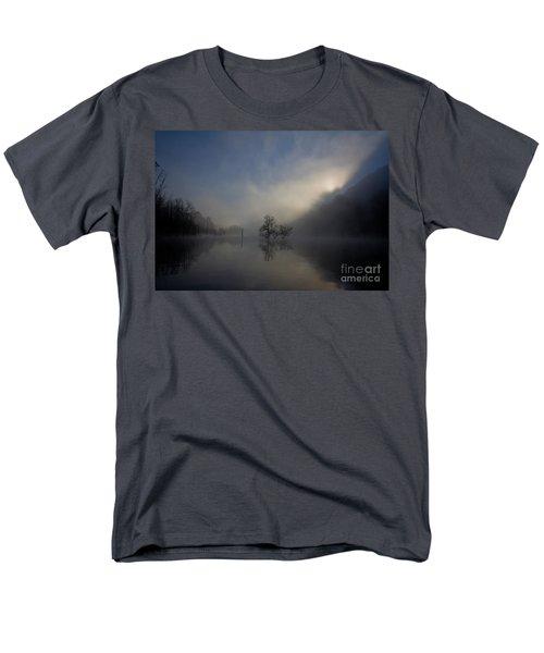 Norris Lake April 2015 Men's T-Shirt  (Regular Fit)