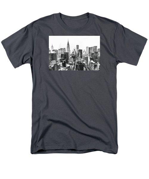Nyc Snow Men's T-Shirt  (Regular Fit)