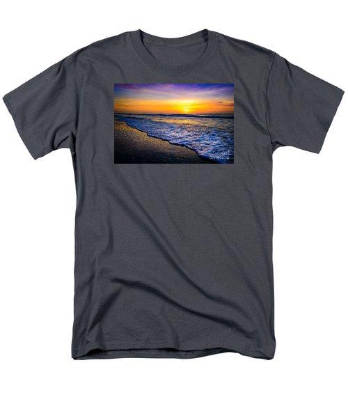 Ocean Drive Sunrise Men's T-Shirt  (Regular Fit) by David Smith