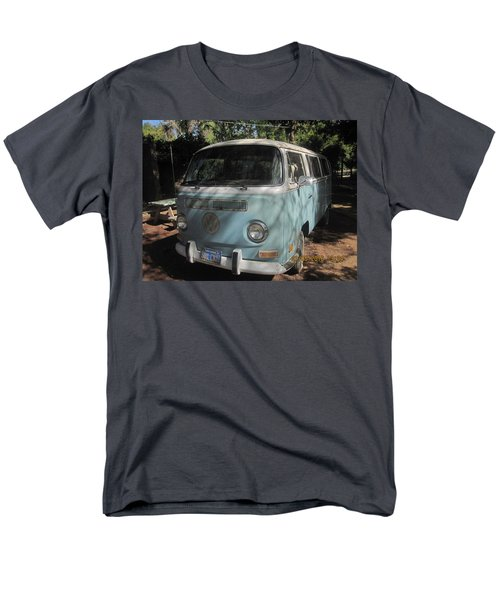 Old Beetle Bug Men's T-Shirt  (Regular Fit)