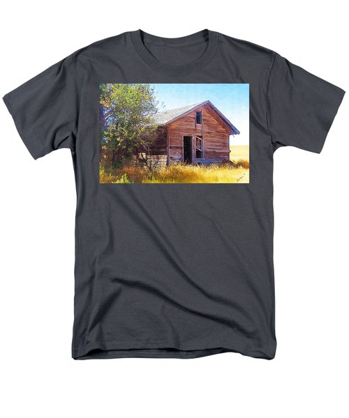 Men's T-Shirt  (Regular Fit) featuring the photograph Old House by Susan Kinney