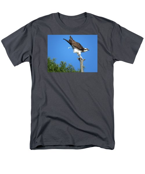Men's T-Shirt  (Regular Fit) featuring the photograph Oops by Phyllis Beiser