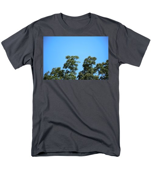 Men's T-Shirt  (Regular Fit) featuring the photograph Peaceful Moment by Ray Shrewsberry