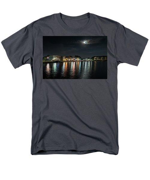 Pewaukee At Night Men's T-Shirt  (Regular Fit)