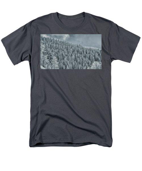 Winter Pines Men's T-Shirt  (Regular Fit)