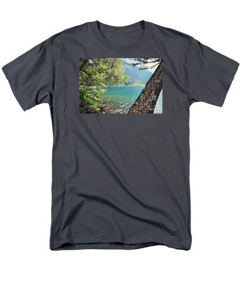 Men's T-Shirt  (Regular Fit) featuring the photograph Point Of Interest by Janie Johnson