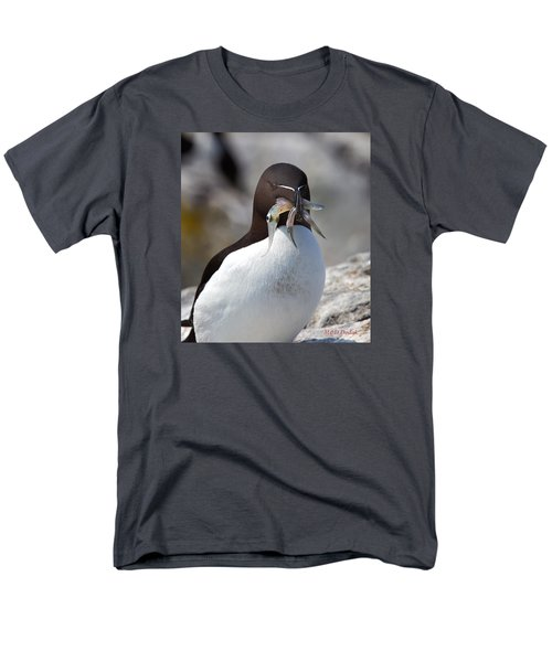 Razorbill With Catch Men's T-Shirt  (Regular Fit) by Mike Dodak