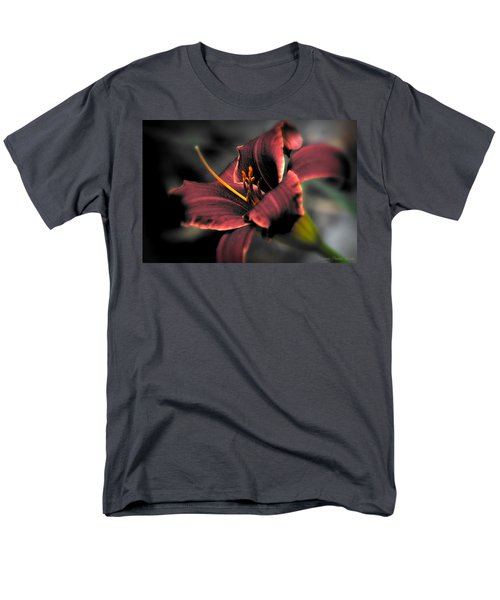 Red Lilly2 Men's T-Shirt  (Regular Fit) by Michaela Preston