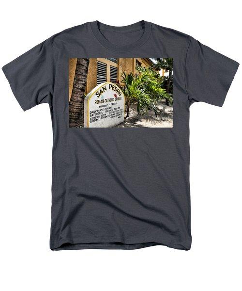 San Pedro Roman Catholic Church Men's T-Shirt  (Regular Fit)