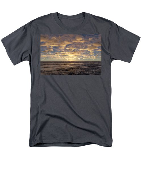 Men's T-Shirt  (Regular Fit) featuring the photograph Seaview by Mark Greenberg