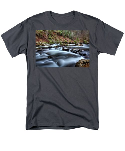 Men's T-Shirt  (Regular Fit) featuring the photograph Silky Smooth by Douglas Stucky