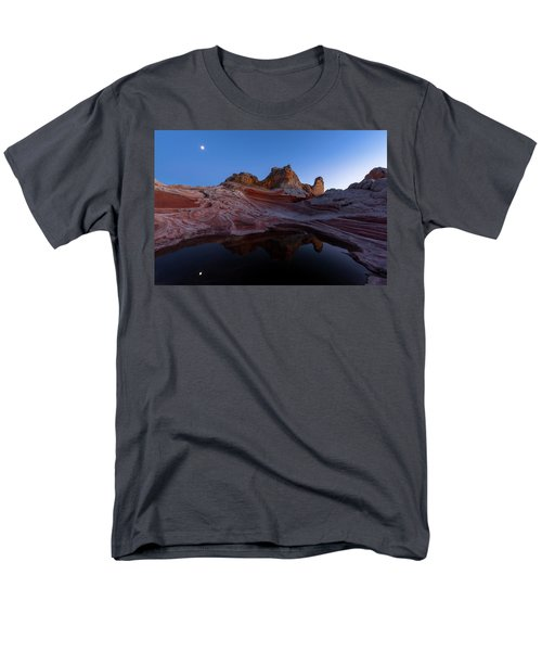 Men's T-Shirt  (Regular Fit) featuring the photograph Song Of The Desert by Dustin LeFevre
