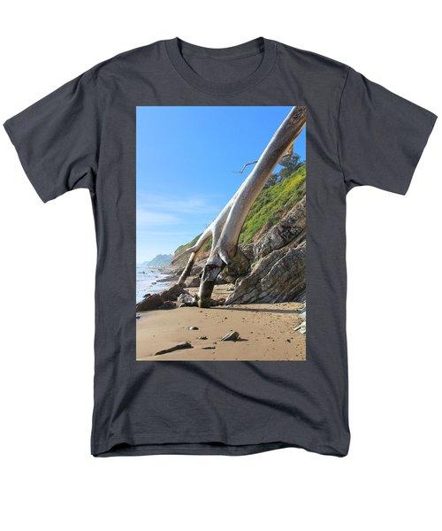 Spears On The Coast Men's T-Shirt  (Regular Fit) by Viktor Savchenko
