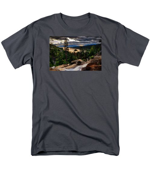 Standing At Eagle Falls Men's T-Shirt  (Regular Fit)