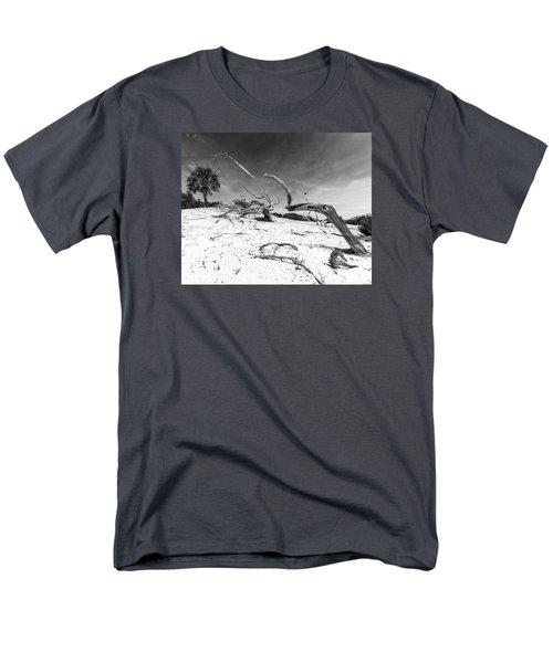 Men's T-Shirt  (Regular Fit) featuring the photograph Still Reaching by Alan Raasch