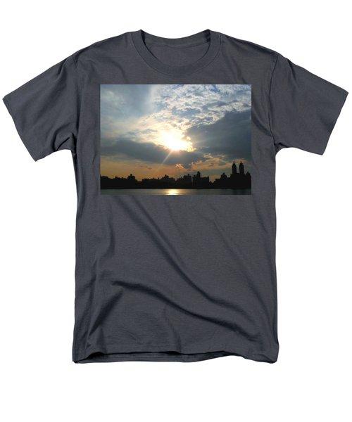 Men's T-Shirt  (Regular Fit) featuring the photograph Sunset New York  by Vannetta Ferguson