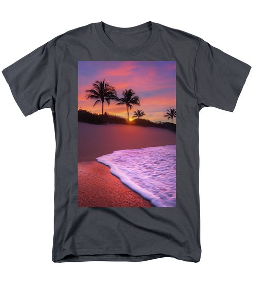 Men's T-Shirt  (Regular Fit) featuring the photograph Sunset Over Coral Cove Park In Jupiter, Florida by Justin Kelefas