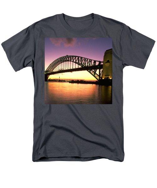 Sydney Harbour Bridge Men's T-Shirt  (Regular Fit)