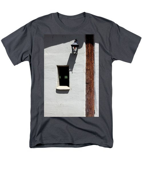 Men's T-Shirt  (Regular Fit) featuring the photograph The Coach House by Kandy Hurley