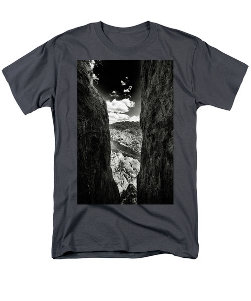 The Gap Men's T-Shirt  (Regular Fit) by Paul Seymour