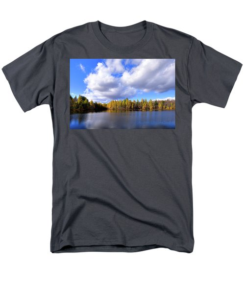 Men's T-Shirt  (Regular Fit) featuring the photograph The Golden Forest At Woodcraft by David Patterson