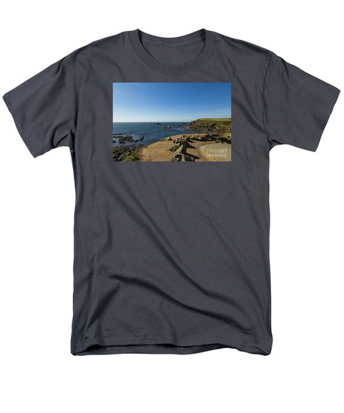 Men's T-Shirt  (Regular Fit) featuring the photograph The Lizard Point by Brian Roscorla