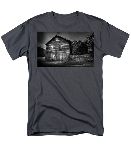 Men's T-Shirt  (Regular Fit) featuring the photograph The Old Place by Marvin Spates