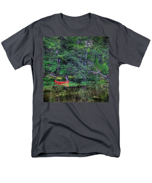 The Red Canoe Men's T-Shirt  (Regular Fit) by David Patterson
